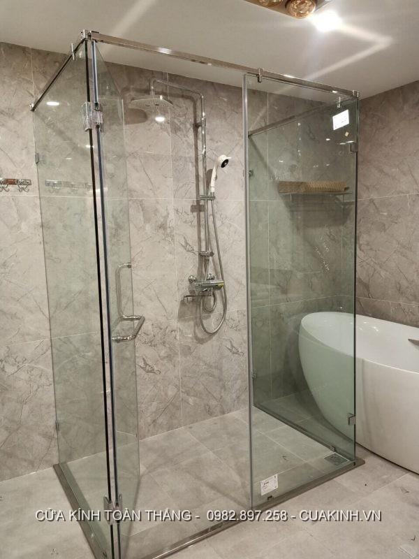 Phòng tắm kính đứng