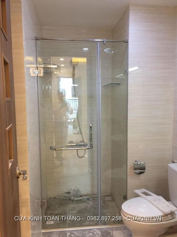 Vách kính nhà tắm cửa đẩy