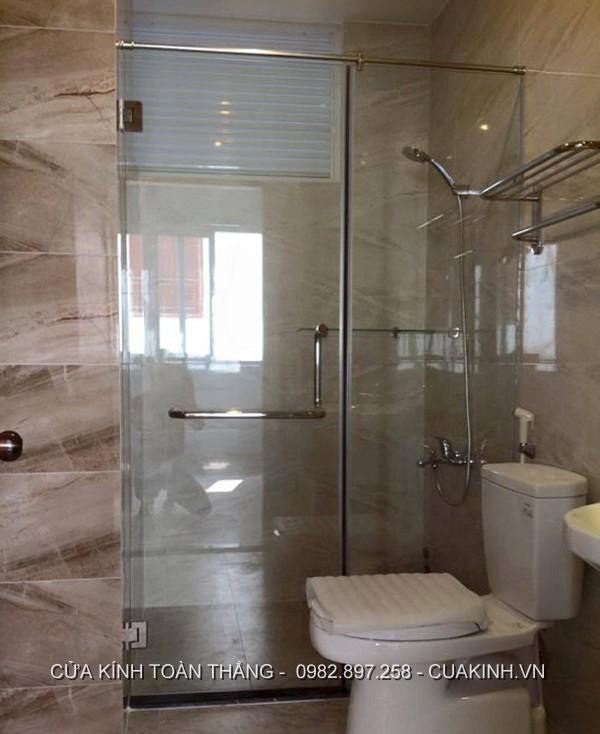 Vách kính nhà tắm đẹp