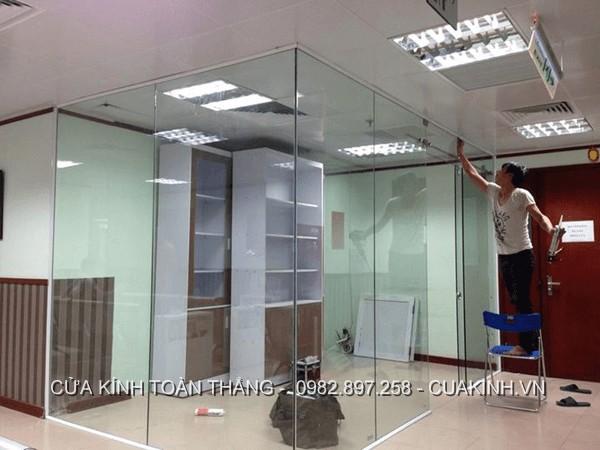 Sửa vách kính cường lực, sửa vách kính văn phòng nhanh, uy tín tại Hà Nội